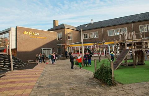 Entree Basisschool de Fakkel